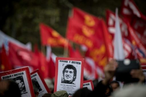 Chili: des milliers de personnes manifestent pour l'anniversaire du coup d'Etat de Pinochet