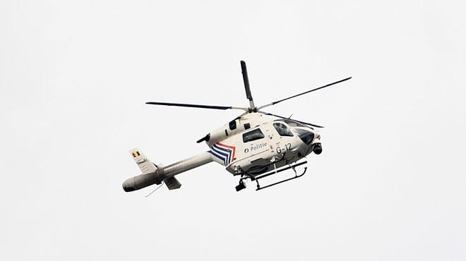 Un hélicoptère de la police fédérale survole la région de Philippeville: la police recherche une personne disparue