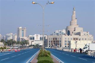 Le Qatar à l'heure bleue- une rue repeinte pour rafraîchir Doha