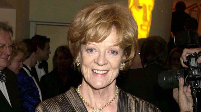Monument du cinéma britannique, Maggie Smith est à 84 ans l'acariâtre mais si attachante comtesse de Downton Abbey
