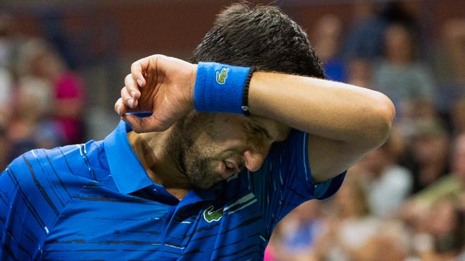 Coup dur pour Novak Djokovic: la saison du numéro un mondiale pourrait être terminée
