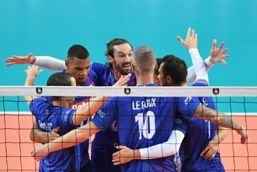Volley: les Français réussissent leur début à l'Euro en dominant la Roumanie