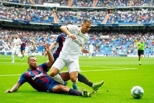 Les Belges à l'étranger - Eden Hazard heureux de ses débuts avec le Real:
