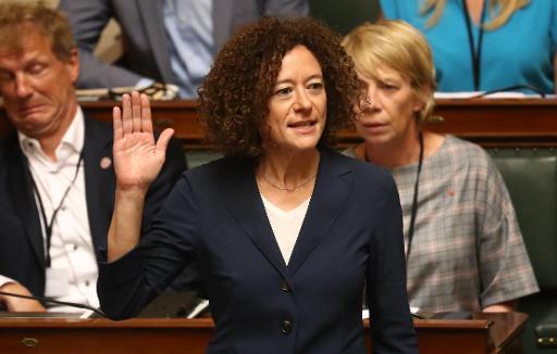 La députée Yasmine Kherbache pas dans la course non plus