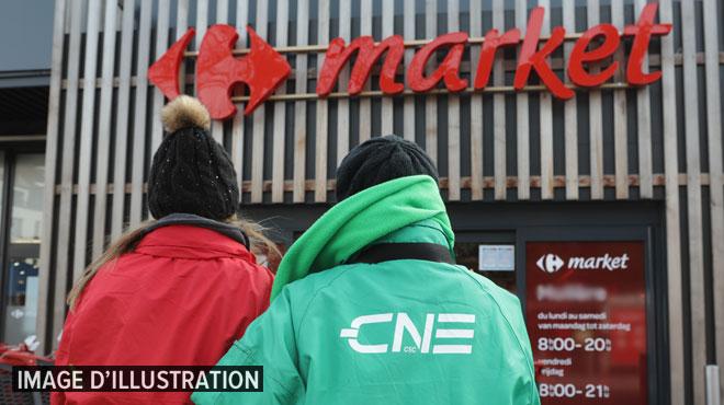 Grève au Carrefour de Wépion: