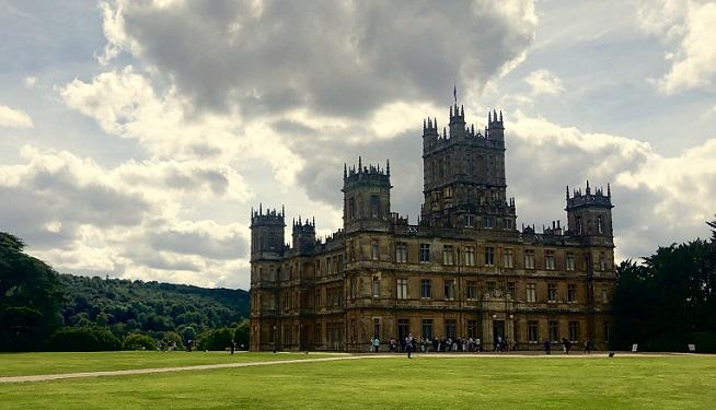 Découvrez le vrai château de Downton Abbey!