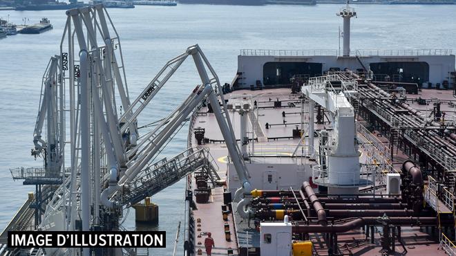 Incendie dans une société pétrochimique du port d'Anvers: le plan d'urgence déclenché