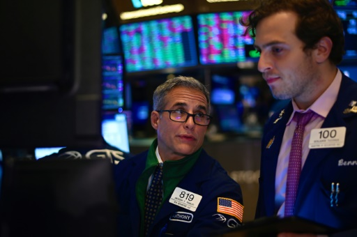Wall Street sans direction après la Fed et avant des négociations commerciales