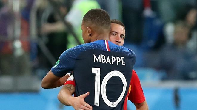 Ligue des champions: le joli cadeau d'Eden Hazard à Kylian Mbappé (photo)