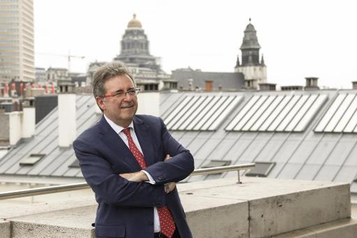 Directive UE sur internet rapide non-transposée en Belgique: Vervoort promet une solution