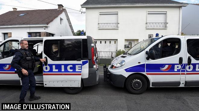 France: une femme enceinte meurt percutée par un automobiliste en fuite