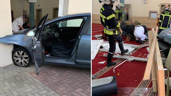 Un homme fonce délibérément en voiture sur une mosquée en France sans faire de victime