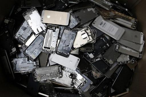 Plus de 3 millions de GSM inutilisés dorment dans les tiroirs des Belges