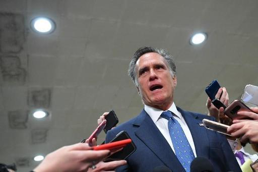 Pour le républicain Romney, l'appel entre Trump et Zelensky est