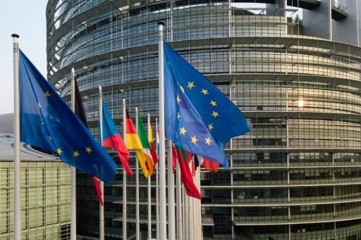 Commission européenne: les candidats roumain et hongrois sur la sellette