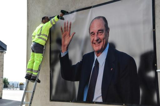 Photo géante et livres d'or : la Corrèze