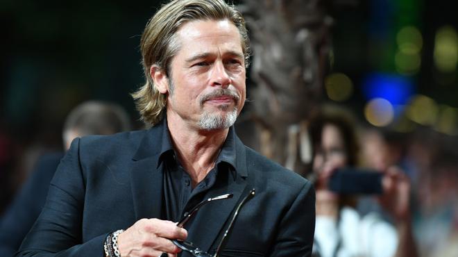 Brad Pitt serait à nouveau… en COUPLE