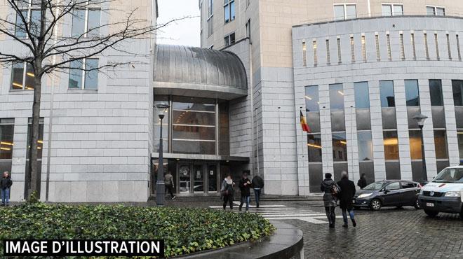 Liège: levioleur de trois adolescentes de 13 à 15 ans évite de se soumettre à une expertise