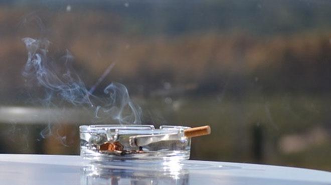 Fumer sur son balcon sera bientôt INTERDIT en Russie: la mesure provoque une avalanche de réactions outrées