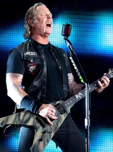 Le leader de Metallica soigné pour addictions, la tournée du groupe en Océanie reportée