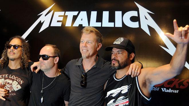 Le leader de Metallica en cure de désintox, la tournée du groupe reportée