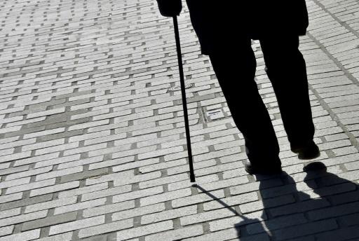 La solitude des seniors plus marquée dans les quartiers et les petites villes selon une étude