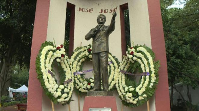 Où est donc la dépouille de José José, crooner le plus célèbre du Mexique?