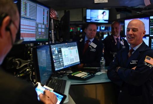 Wall Street dans le vert, tirée par Apple et l'optimisme sur le front commercial