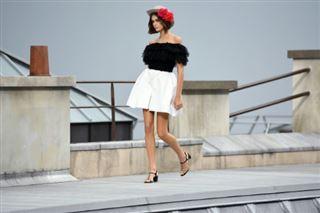 Chanel- défilé Nouvelle Vague sur les toits de Paris