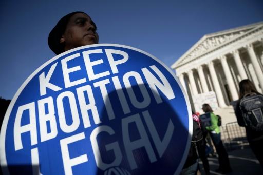 La justice américaine bloque une loi de Géorgie restrictive sur l'avortement