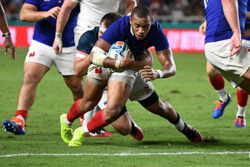 Mondial de rugby: le XV de France délivré par le pied de Lopez, la puissance de Camara