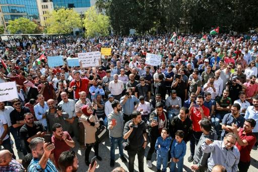 Jordanie: des milliers de manifestants en soutien aux enseignants grévistes
