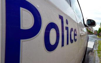 Tubize: un motard interpellé après avoir percuté un véhicule de police