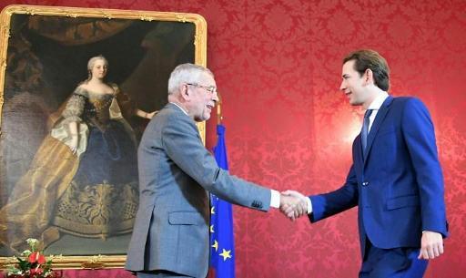 Le président autrichien va charger Sebastian Kurz de former un nouveau gouvernement