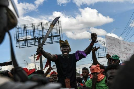 Haïti : l'opposition manifeste contre