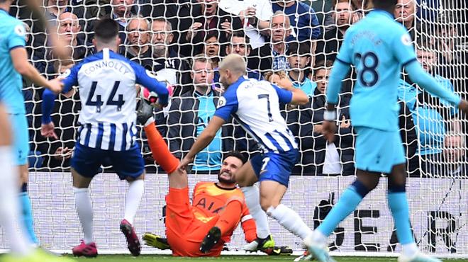 L'horrible blessure du gardien français Hugo Lloris en Premier League (vidéo)