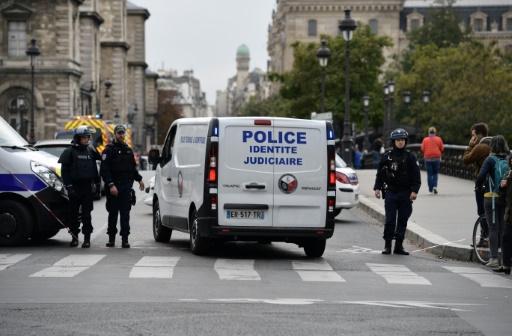 Le tueur de la préfecture de Paris, un converti radicalisé au cœur du renseignement