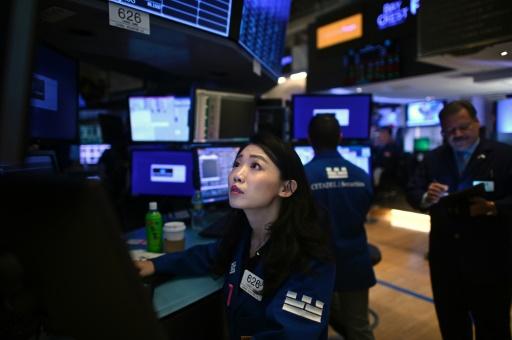 Wall Street ouvre en baisse, prudente avant les négociations commerciales
