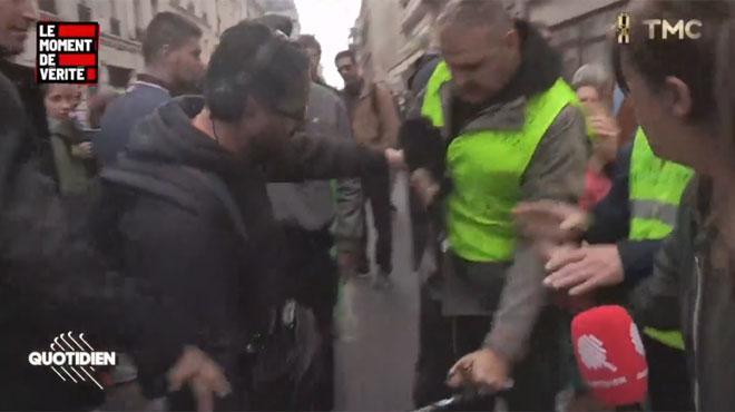 Des journalistes de Quotidien agressés pendant la manif anti-PMA à Paris (vidéo)