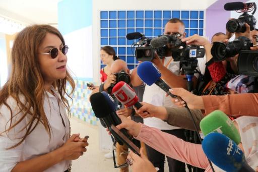 Présidentielle en Tunisie: Nabil Karoui détenu, son épouse en première ligne