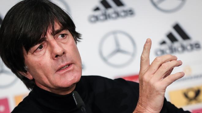Le sélectionneur allemand tire la sonnette d'alarme:
