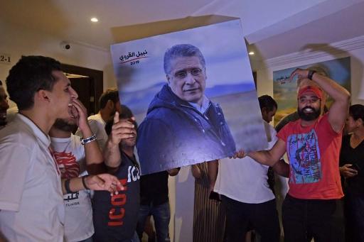 Le candidat incarcéré Nabil Karoui demande un report de la présidentielle
