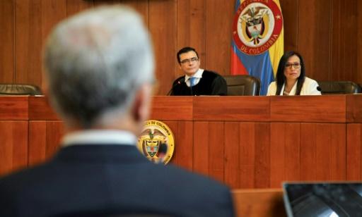 Colombie: l'ex-président Uribe devant la Cour suprême