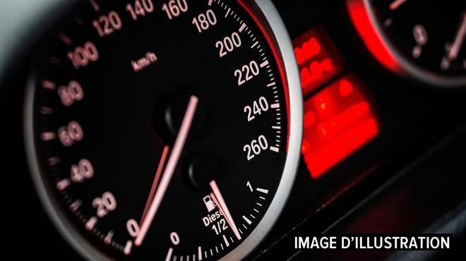 Il se filme à 170 km/h au lieu de 70 sur le quai Mickiels à Seraing