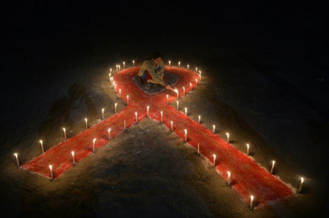 Sida- baisse significative des nouveaux diagnostics de séropositivité en France