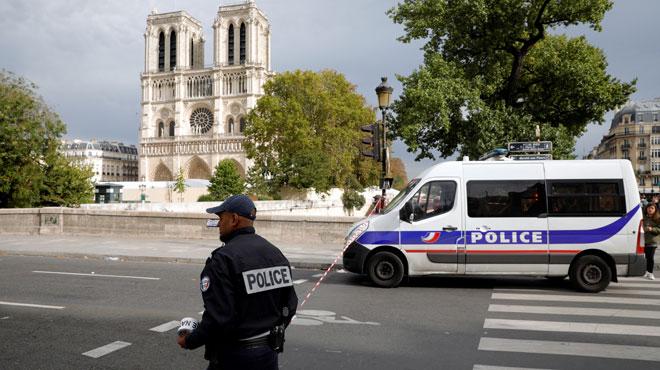 Le policier stagiaire qui a abattu le tueur de la préfecture de Paris raconte:
