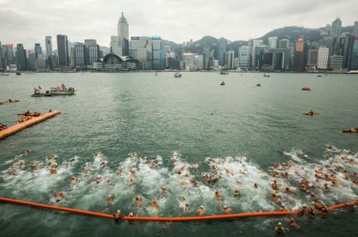 Manifestations à Hong Kong: la traversée du port à la nage annulée