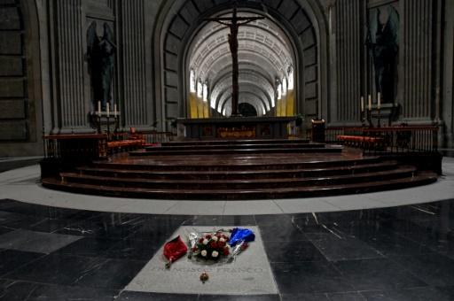 Espagne: Franco sera exhumé d'ici le 25 octobre, annonce le gouvernement