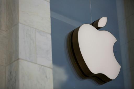 Hong Kong: le PDG d'Apple défend le retrait d'une application de localisation des policiers