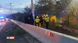 Un véhicule percute violemment un poteau sur l'autoroute près de Liège- le conducteur n'a pas survécu 4